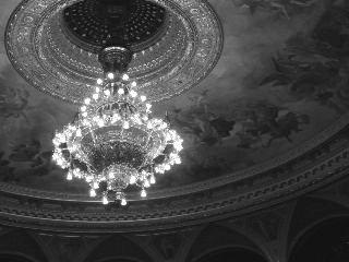 chandellier opera phantom blackandwhite budapest