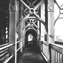 bw newcastle bridge