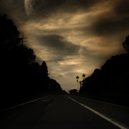 sidelight moon highway silhoutte
