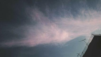 that sky evening nosun strange