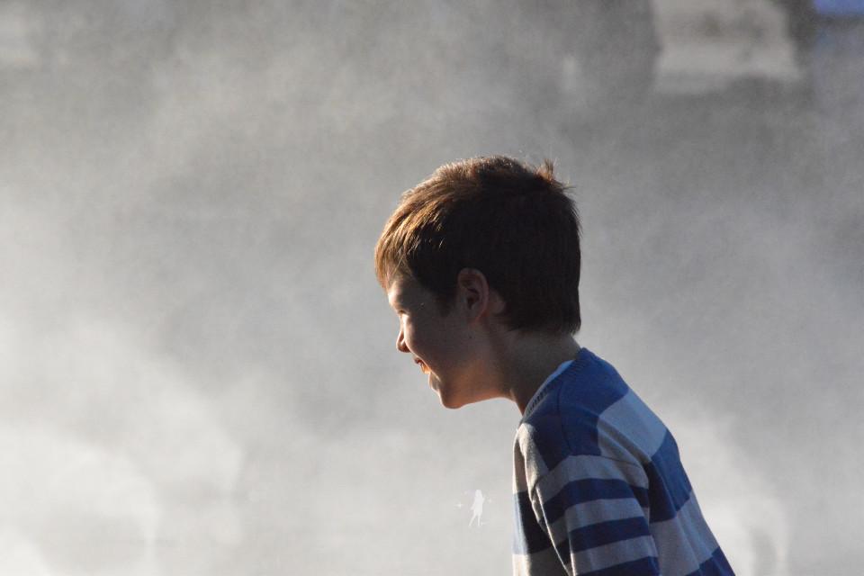 #fog  #children  #photography #captured  Salam dear friends PA happy weekend 🙋